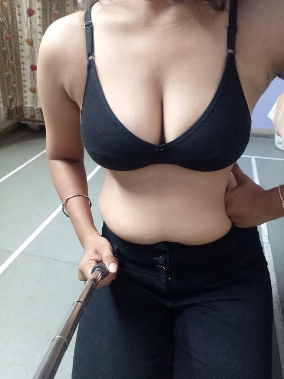 Poonam Yadav Ajmer Model Escorts